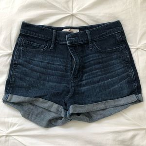 High rise navy denim Hollister shorts Size 5